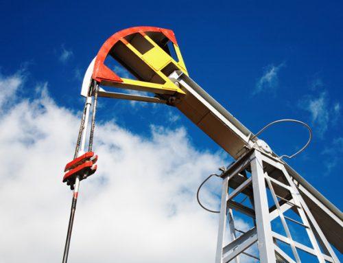 Нефть за месяц подешевела на четверть
