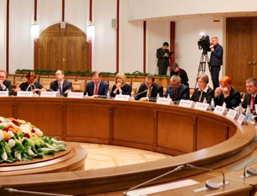 Беларусь добивается отмены всех санкций