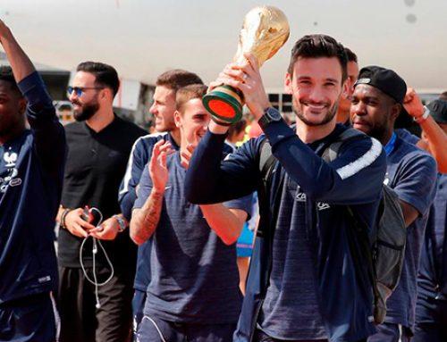 В Париже встретили сборную Франции по футболу после победы на ЧМ-2018