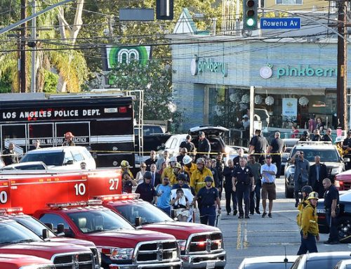 CNN: захватившему заложников в Лос-Анджелесе предъявили обвинения по 51 пункту
