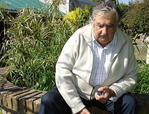 «Самый бедный в мире бывший президент» отказался еще и от пенсии