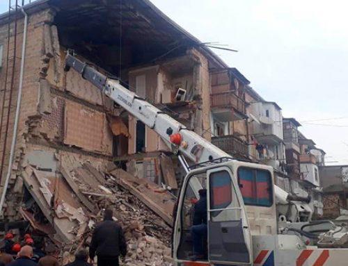 В Гяндже взорвался жилой дом