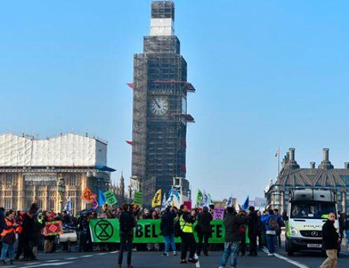 «Зеленые» стали причиной транспортного коллапса в Лондоне