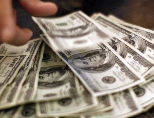 Азербайджанцы потратили более 1 млрд долларов за границей в этом году