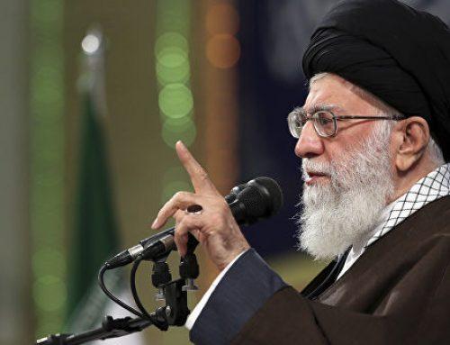 Верховный лидер Ирана обвинил США в попытках развязать войну в стране